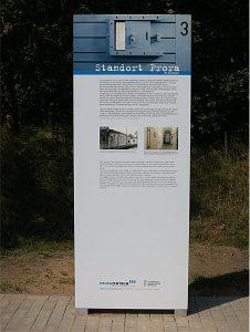 Informationstafel über den den Militärstandort vom Museum Prora Zentrum auf Rügen