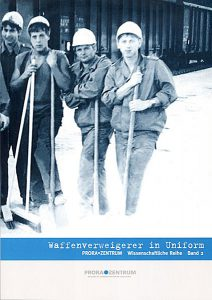 Band über die Waffenverweigerer in Uniform vom Prora Zentrum auf Rügen
