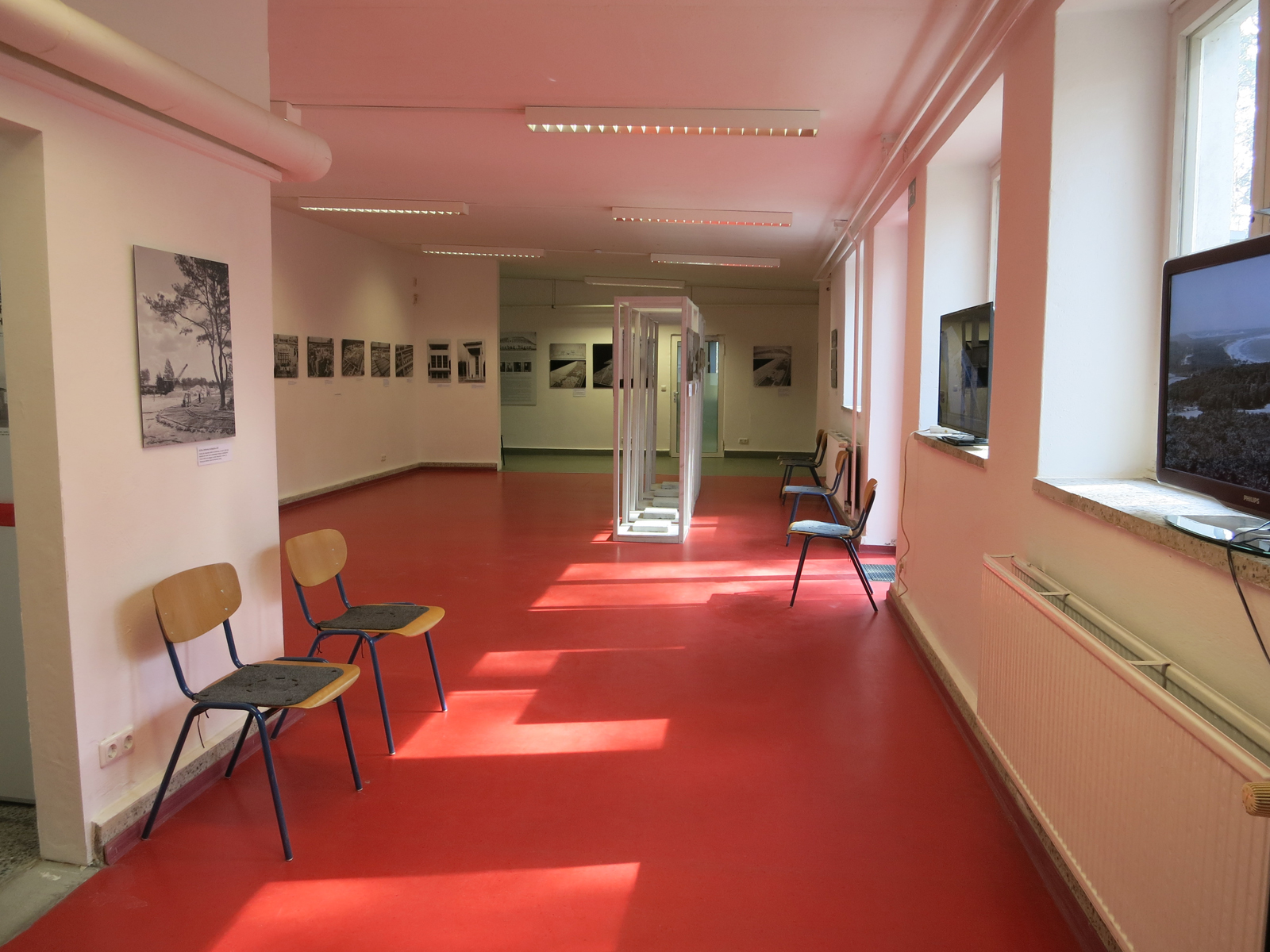 "Fotoausstellung-""KdF""-Seebad"