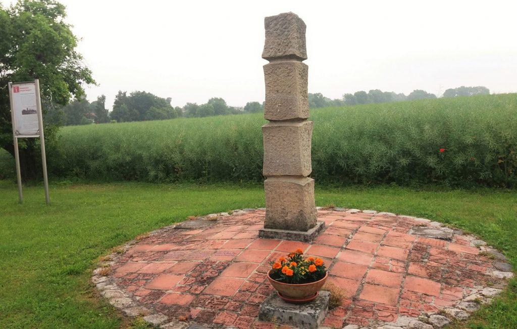 Gedenkstele am Ort des ehemaligen Schacht Burggraf